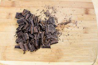 Chocolate Meringue Walnut Cake-11