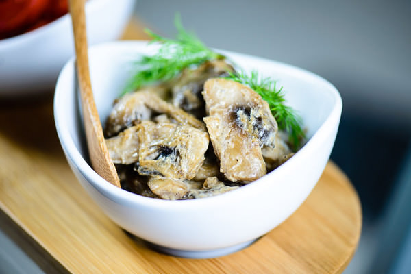 Mushrooms in Cream-100
