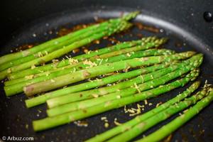 Ten Benefits of Eating Asparagus