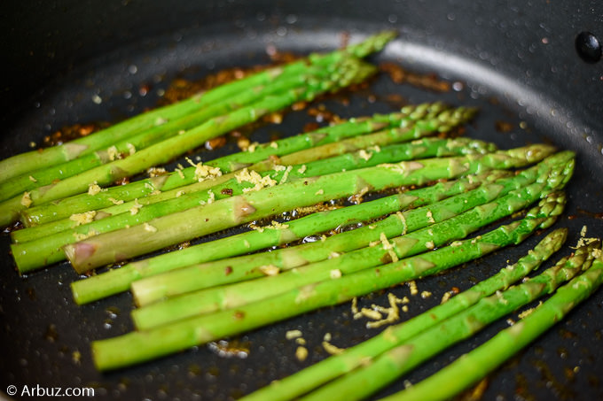 Ten Benefits of Eating Asparagus