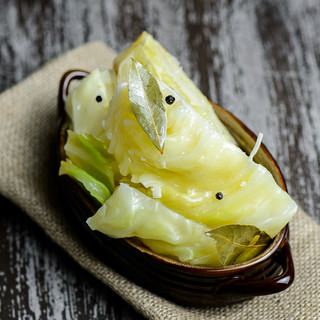 Easy Pickled Cabbage Recipe