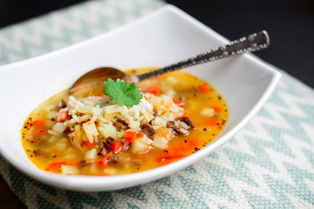 Как приготовить суп с рисом и говядиной