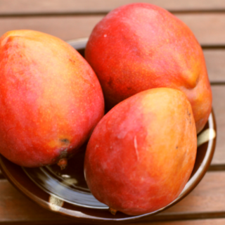 Five Health Benefits of Eating Mangoes